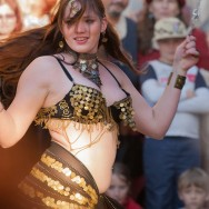 Belly dancer at Karlštejn wine festival